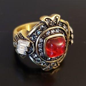 💕Heidi Daus Ruby & Crystal Designer Ring